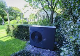 warmtepomp all black in tuin